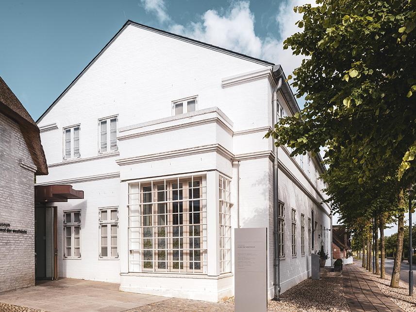 Museum Kunst der Westküste in Alkersum mit sehenswerter Architektur